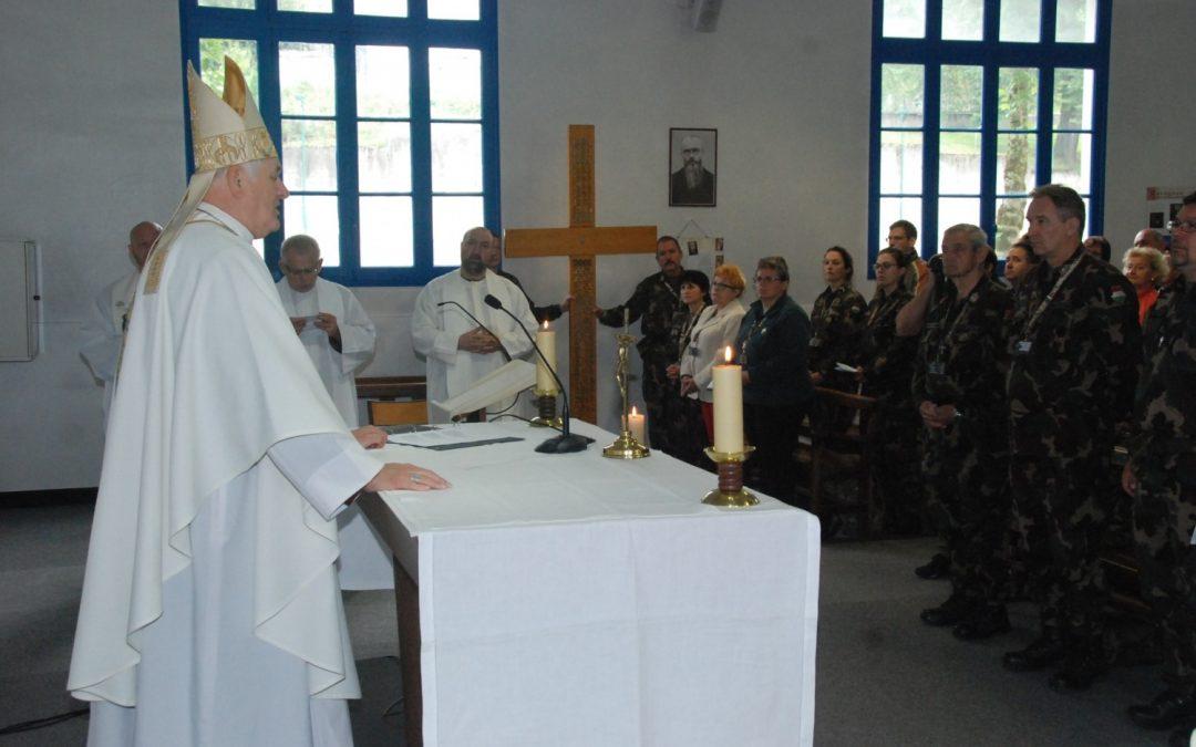 Mindennapos áldozatvállalás Krisztus szeretetéből táplálkozva – Interjú Bíró László tábori püspökkel
