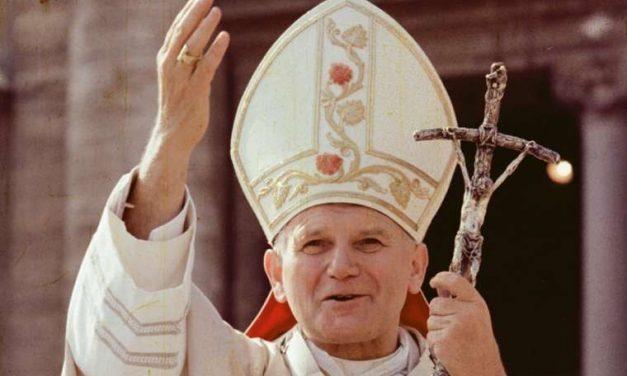 CENTENÁRIUM – Bíró László püspök a családok pápájáról